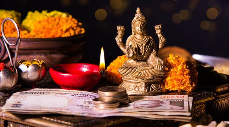 Diwali 2017, Deepawali 2017, Diwali significance, diwali lakshmi puja why, diwali puja spiritual reason, diwali puja reason, Diwali celebration, Deepawali celebration, Dhanteras, Narak Chaturdasi, Bhai Dooj, Indian express, Indian express news