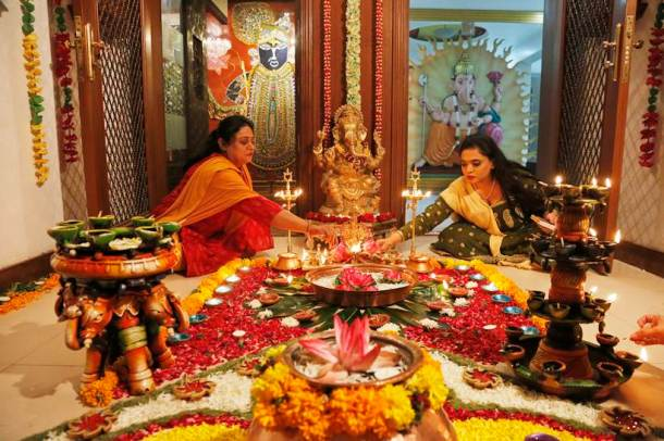 Happy Diwali 2017: Stunning photos of Diwali celebrations with Lakshmi puja, firecrackers and diyas