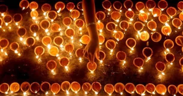 Diwali1_820_RTR