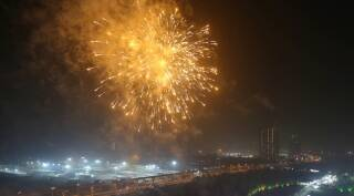 Diwali 2017: Stunning photos of Diwali celebrations with firecrackers, diyas and shopping