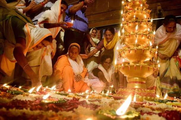 Diwali 2017: Stunning photos of India gearing up for the festival of lights - Deepawali