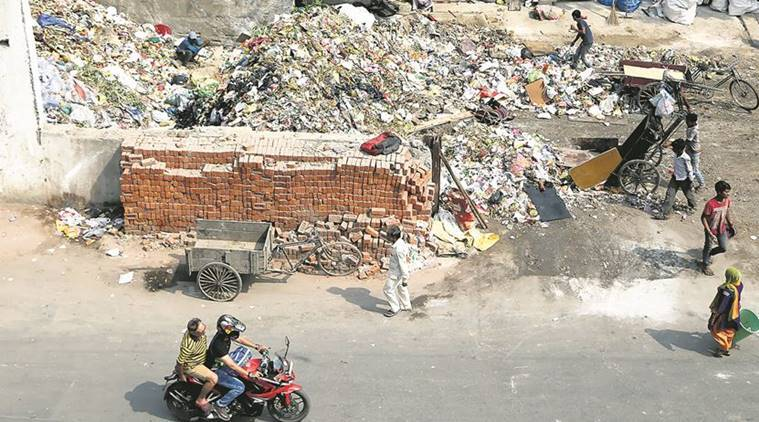 EDMC, delhi EDMC, East Delhi Municipal Corporation, EDMC strike, EDMC civic body, EDMC sanitation workers, delhi news, indian express news