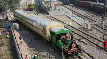 Fairy queen express, steam express, Delhi Rewari steam express, Delhi Rewari Fairy queen express, Indian Railways, Delhi cantonment, IRCTC, world heritage sights, world heritage sights in India, Fairy queen train pictures, steam engine train pictures