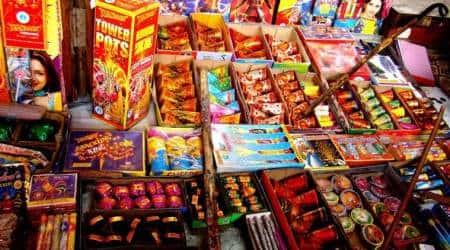 Firecrackers ban, crackers ban, Noida cracker ban, Noida Firecrackers, Noida news, indian express news