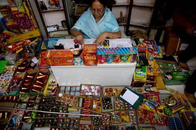 ban on Firecrackers, ban on Sale of Firecrackers, Delhi-NCR ban on Firecracker, Supreme Court ban on firecracker, ban on sale firecrackers, Diwali without firecrackers, Delhi news, India news, National news, Latest news
