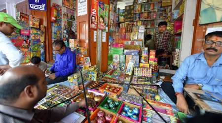Two Delhi cops suspended for 'colluding' with shopkeeper to sell crackers