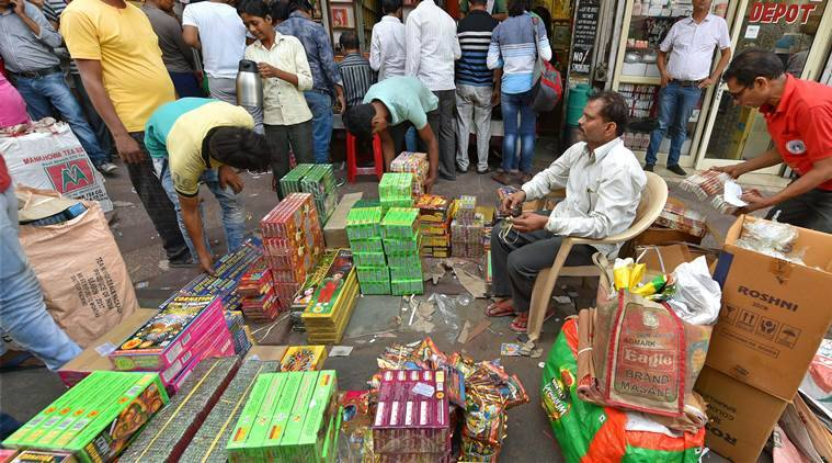 Firecracker ban, Crackers banned in Delhi, Delhi cracker ban, SC cracker ban, Traders cracker ban, India news, Indian Express