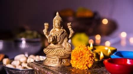 Dhanteras, Dhanteras 2017, Dhantrayodashi, when is dhanteras, धनतेरस 2017, धनतेरस, Diwali, Diwali 2017, Deepawali, Deepawali 2017, how to celebrate Dhanteras, Dhanteras Puja Vidhi, Dhanteras Muhurat Timings, Dhanteras History and Significance, indian express,