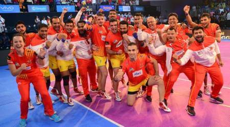Pro Kabaddi 2017, Pro Kabaddi season 5, Gujarat Fortunegiants, Bengal Warriors, Patna Pirates, Puneri Paltan, Up Yoddha, haryana Steelers, kabaddi photos, Indian Express