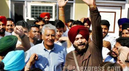 gurdaspur election, sunil jhakar, gurdaspur polls 2017 photos, gurdaspur pics, gurdaspur election images, punjab congress pictures, gurdaspur bypoll photo, congress win in gurdaspur, sunil jakhar, navjot singh sidhu pics, punjab gurdaspur election, indian express