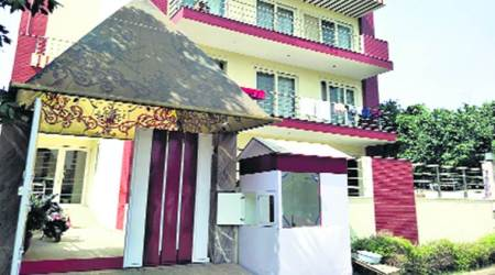 Gurgaon casino busted, 43, including owner,held