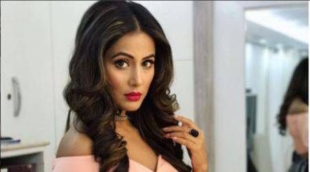 Hina Khan, Hina Khan bigg boss, Hina Khan birthday, Hina Khan age, Hina Khan bigg boss house birthday, oct 2, Hina Khan bigg boss 11, bigg boss 11 hina khan, bigg boss 11, bigg boss 11 contestant hina khan, who is hina khan, entertainment news, indian express, indian express news