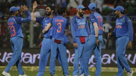 India vs New Zealand Live Cricket Score, 1st ODI in Mumbai: India keep New Zealand quiet with regular wickets
