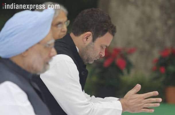 Indira Gandhi anniversary, Indira Gandhi anniversary photos, Indira Gandhi, Indira Gandhi death anniversary, Indira Gandhi tributes, Shakti sthal, Rahul Gandhi, Manmohan Singh, Pranab Mukherjee, indian express
