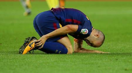 Andres Iniesta out of Barcelona match at Athletic Bilbao