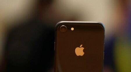 Low Apple iPhone 8 orders leads to suppliers' fall