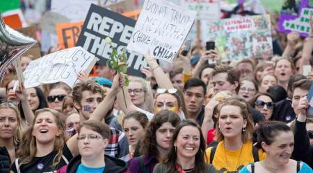 Thousands protest against Ireland's abortion ban