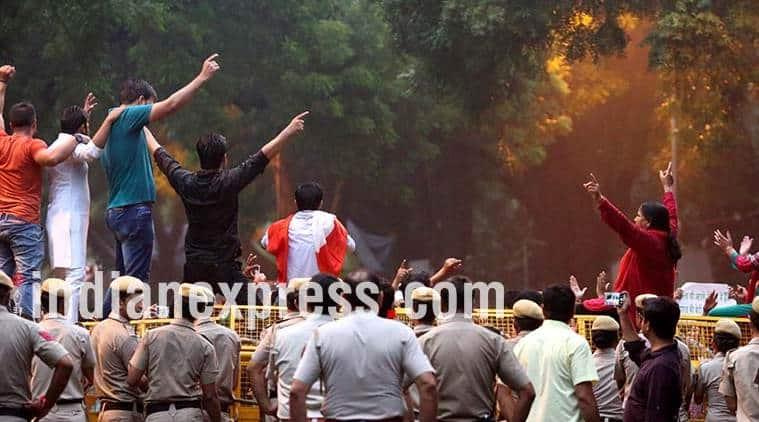 Jantar Mantar, Jantar Mantar Protest, NGT, National Green Tribunal, ban on protest at, Jantar Mantar, protesters, protests sites in India, GST Protests, Student protests, political protest, India News, Indian Express