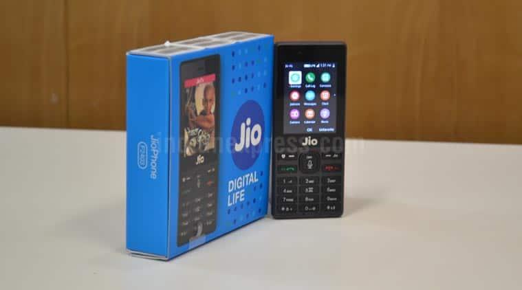 Reliance Jio, JioPhone, Reliance JioPhone pre-booking, JioPhone second phase pre-booking, JioPhone price in India, JioPhone delivery, JioPhone vs Karbonn A40, Karbonn A40 Indian, JioPhone 4G