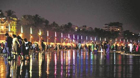 bmc, juhu beach lights, juhu beautification, light pollution, light side effects, lighting at juhu beach, awaaz foundation, mumbai news, latest news, indian express