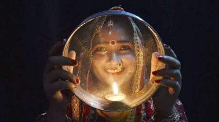 Karwa Chauth 2017: Why women see their husbands through achhalani
