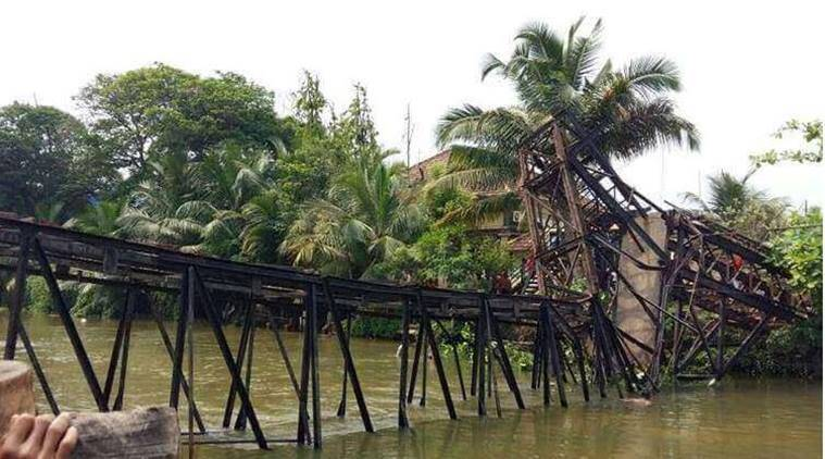 Kerala bridge collapse, Kollam bridge, Kollam bridge damaged, three dead in kollam bridge collapse, chavara accident, chavara bridge collapse, kerala news, indian express
