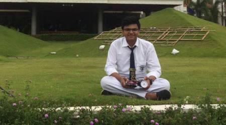 At 17, this Delhi schoolboy designed a mobile app to digitise medicalrecords