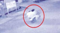 chain snatchers on bike, dda gardens, 63 yr old man runs after thiefs, delhi news, indian express