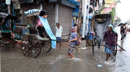 rains in kolkata, heavy showers in kolkata, kolkata showers, kolkata rains, Depression in Bay of bengal, kolkata news, indian express