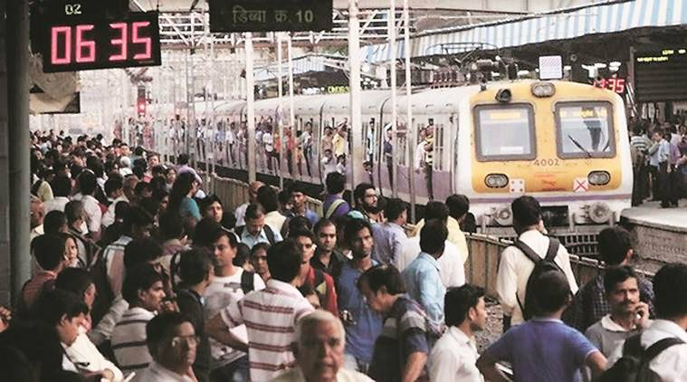 Mumbai local, Mumbai local train, Mumbai local commuters' struggle, Mumbai local train commuters' struggle, Mumbai locals, Mumbai News, Latest Mumbai News, Indian Express, Indian Express News