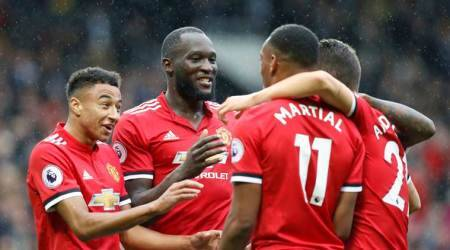 Huddersfield vs Manchester United LIVE