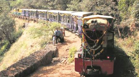 Matheran-Neral toy train resumes run after 17months