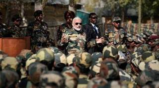 PM Modi goes to Gurez for Diwali, spends time with soldiers