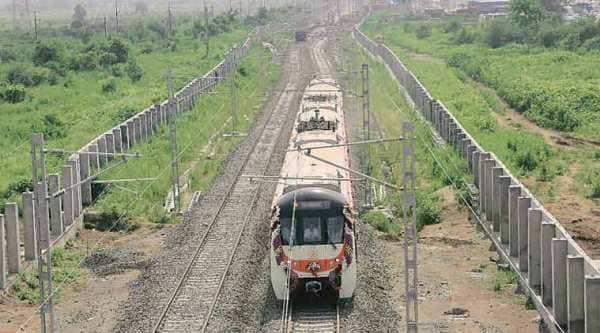 Nagpur metro, Nagpur Metro trial run, Devendra Fadnavis, Nitin Gadkari, Nagpur Municipal Corporation, Railway Safety, MAHA-METRO, PM Modi, mumbai metro, gst, pune metro, taxation, reforms, indian express, mumbai news, india news, Indian express