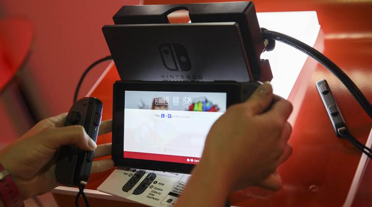 Nintendo, Nintendo expected sales, Nintendo Switch, Nintendo Wii U, gaming consoles, game software sales, Microsoft, Xbox One X, Nintendo market, Nintendo news