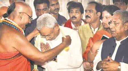 Nitish, Bhagwat attend Ramanuja anniversary event separately