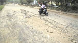 Panchkula: Mayor, MLA in credit war over road recarpeting as potholes still remain