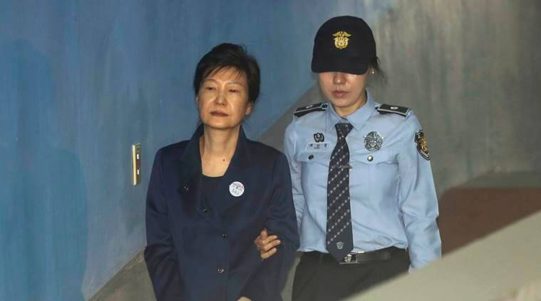 Ex-SKorea leader Park complains about extension of detention