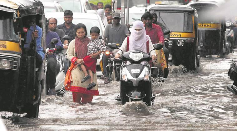 Pune rains, heavy rains in pune, pune monsoon, pune weather forecast, pune news, pune municipal corporation, water logging in Pune, Indian Express News