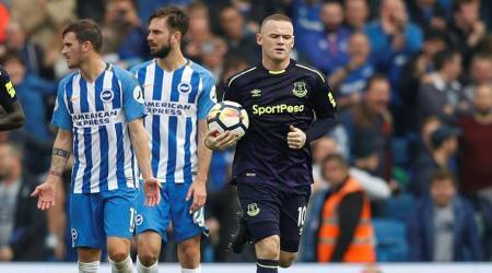 Late Wayne Rooney penalty rescues draw for Everton at Brighton