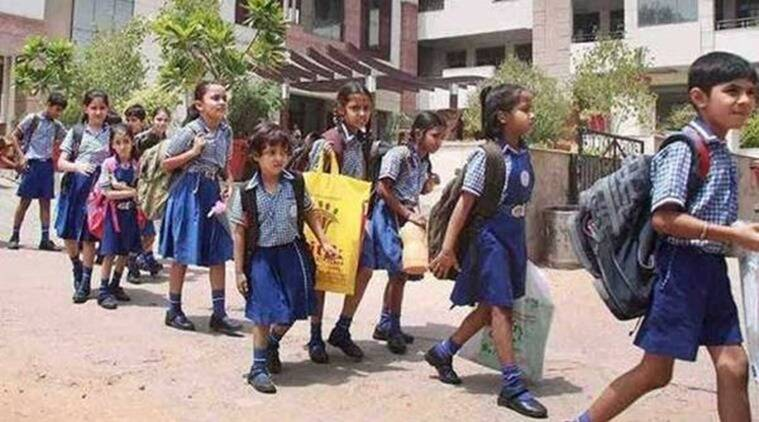 SDMC school children, SDMC School Children Dress Change, South Delhi Mayor, South Delhi Municipal Corporation Dress Change, Delhi News, Latest Delhi News, Indian Express, Indian Express, Indian Express News