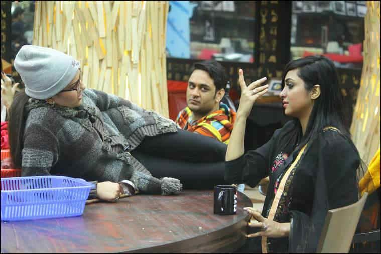 sapna choudhary, arshi khan, arshi sapna fight, bigg boss 10 highlights