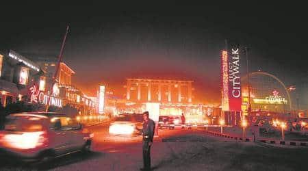 Panel seeks report: SDMC heat on malls charging parkingfee