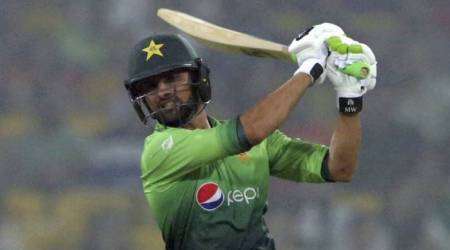 Pakistan sizzle in thumping win over Sri Lanka in front of homecrowd