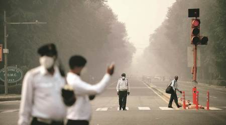 Pollution lower than last year but health risk continues: AIIMS