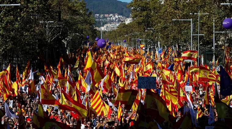 catalonia, Pro-unity march catalonia, catalonia independence, spanish crisis, spain catalan crisis, catalan referendum, world news,