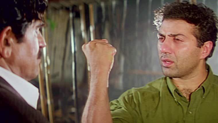 sunny deol, damini, sunny deol pics, sunny deol dhai kilo ka hath, dhai kilo ka hath dialogue, sunny deol actor
