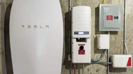 European Union, Tesla, Tesla batteries, EU battery consortium, Tesla battery market, Tesla battery Europe, EU battery technology investment, European Commission, Europe technology sovereignty, German carmakers, Volkswagen, Daimler