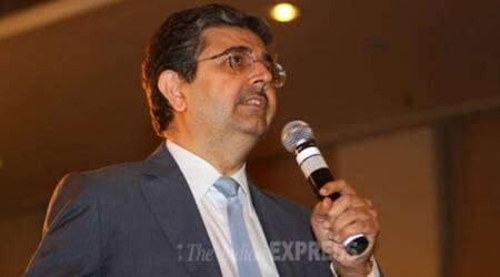 uday kotak, corporate governance panel, sebi, kotak corporate governance panel, securities and exchange board of india, independent directors, listed firms, market capitalisation, top 500 companies, indian express, business news