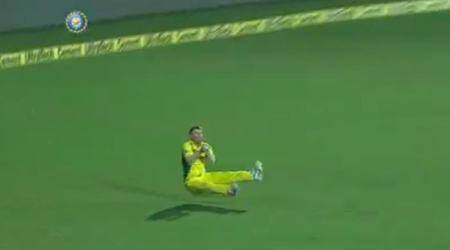 India vs Australia, 2nd T20I: David Warner takes a stunning catch to send Shikhar Dhawan back to the hut, watch video